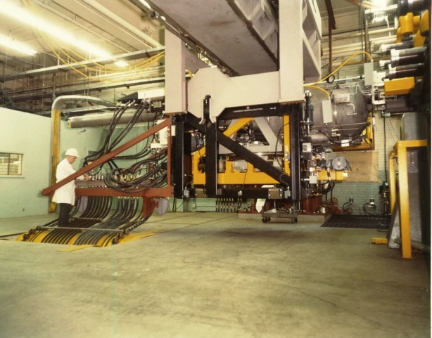 Figure 2: Refuelling machine at Bruce Nuclear Generating  Station