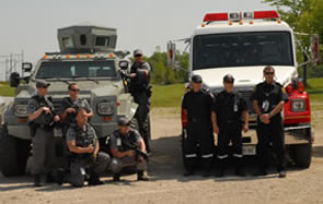 Image of Bruce Power emergency services team poses for the camera
